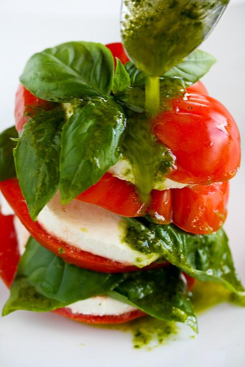 caprese-salad-basil-vinaigrette-107 (1)